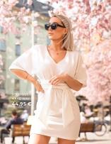 osta mekkoja merkiltä make Way millä on korostetty vyötärö