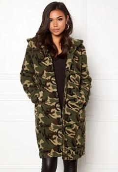 77thFLEA Claire teddy jacket Camouflage Bubbleroom.fi