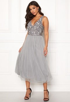 AngelEye Sequin Flower Midi Dress Grey Bubbleroom.fi