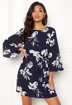 AX Paris Flared Sleeve Dress Navy Bubbleroom.fi