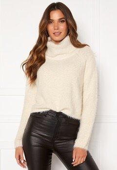 BUBBLEROOM Agnes fluffy sweater White Bubbleroom.fi