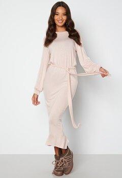 BUBBLEROOM Amira fine knitted dress Beige melange bubbleroom.fi