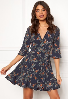 BUBBLEROOM Bella printed dress Blue / Floral Bubbleroom.fi
