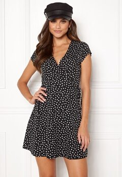 BUBBLEROOM Caylee dress Black / White / Dotted Bubbleroom.fi