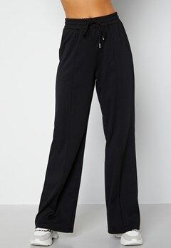BUBBLEROOM Heiden soft sweat pants Black bubbleroom.fi