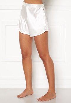 BUBBLEROOM Lorah shorts Winter white Bubbleroom.fi