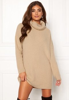 Moa Mattsson X Bubbleroom Knitted sweater dress Beige Bubbleroom.fi