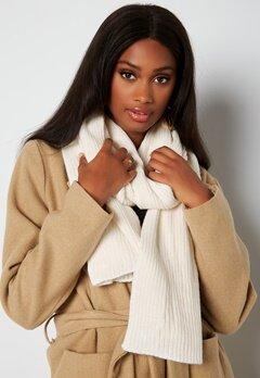 BUBBLEROOM Ofelia knitted scarf Winter white bubbleroom.fi
