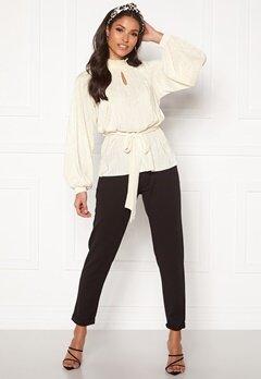 BUBBLEROOM Ophelia pleated blouse Cream Bubbleroom.fi