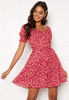 BUBBLEROOM Violie puff sleeve dress Red / White / Floral Bubbleroom.fi
