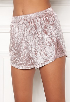 BUBBLEROOM Wilda velvet shorts Dusty pink Bubbleroom.fi