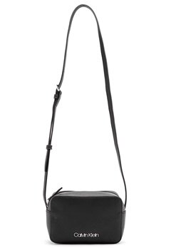 Calvin Klein Jeans Camera Bag Bax Black Bubbleroom.fi