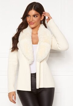 Chiara Forthi Arina heavy knit wrap jacket Winter white Bubbleroom.fi