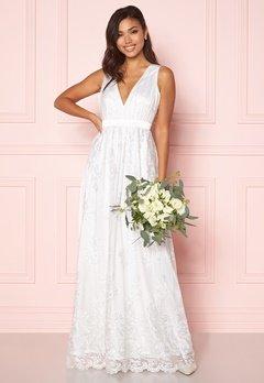 Chiara Forthi Ava gown White Bubbleroom.fi