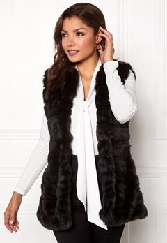 Chiara Forthi Bologna Faux Fur Waistcoat Black Bubbleroom.fi