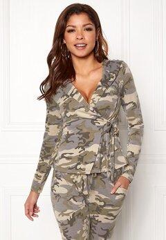 Chiara Forthi Cadenza camo wrap hoodie Camouflage Bubbleroom.fi