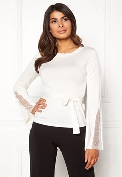 Chiara Forthi Caprice knitted pearl sweater Winter white Bubbleroom.fi