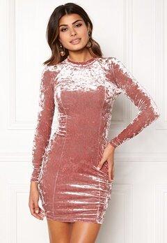 Chiara Forthi Henny Velvet Dress Old rose / Gold Bubbleroom.fi