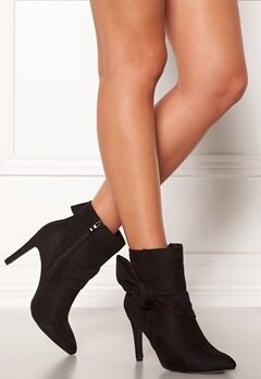 Chiara Forthi Rozalia stiletto boot Black Bubbleroom.fi