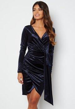 Chiara Forthi Snapshot Drape Dress Midnight blue bubbleroom.fi