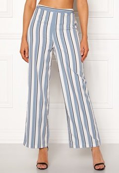 Chiara Forthi Suzette Straight Pants Striped / Offwhite / Blue Bubbleroom.fi