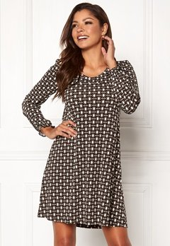 Chiara Forthi Swing Dress Nougat Bubbleroom.fi