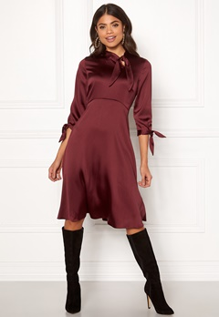 Closet London Tie Neck A-Line Dress Burgundy Bubbleroom.fi