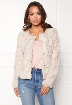VERO MODA Curl Short Fake Fur Jacket Oatmeal Bubbleroom.fi 78e1aab0e3