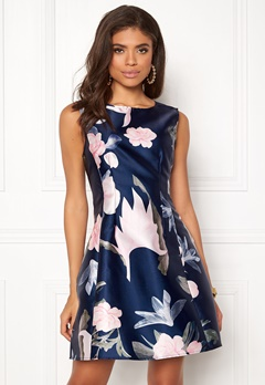 AX Paris Floral Print Skater Dress Navy Bubbleroom.fi