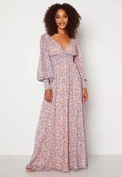 Goddiva Ditsy Long Sleeve Shirred Maxi Dress Blush Bubbleroom.fi