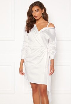 Guess Karyda Dress TWHT True White Bubbleroom.fi