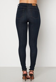 Happy Holly Amy push up jeans Dark denim Bubbleroom.fi