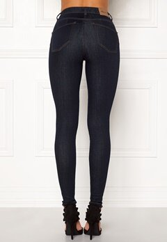 Happy Holly Amy push up jeans Dark denim Bubbleroom.fi