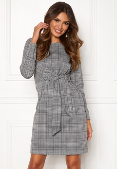 Happy Holly Ariana dress Checked Bubbleroom.fi