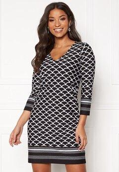 Happy Holly Blenda V-neck dress Black / Patterned Bubbleroom.fi