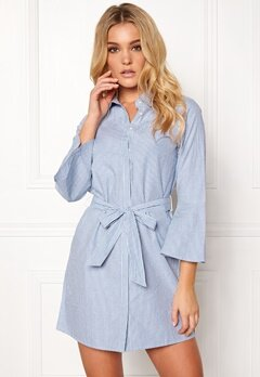 Happy Holly Filippa shirt dress Striped Bubbleroom.fi