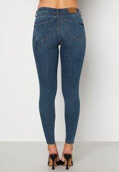 Happy Holly Francis jeans Medium blue bubbleroom.fi