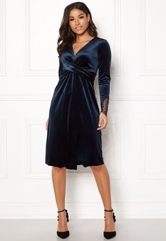 Happy Holly Leonora velour dress Dark blue Bubbleroom.fi