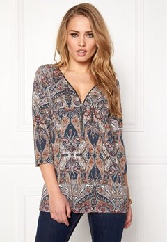 Happy Holly Marion top Patterned Bubbleroom.fi