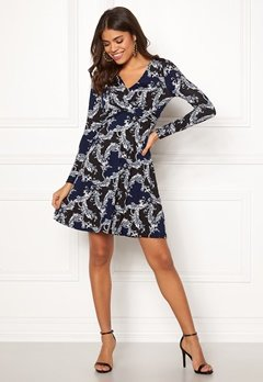 Happy Holly Marlene dress Dark blue / Patterned Bubbleroom.fi