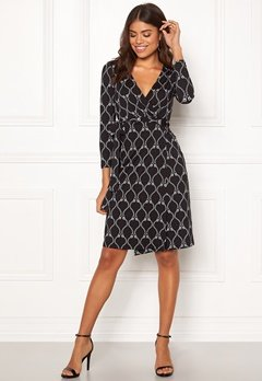 Happy Holly Millie dress Black / Patterned Bubbleroom.fi