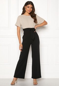 Happy Holly Natalie jumpsuit Light beige / Black Bubbleroom.fi