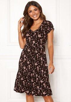 Happy Holly Scarlett dress Black / Patterned Bubbleroom.fi