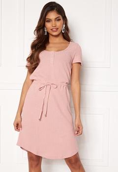 Happy Holly Serena dress Dusty pink Bubbleroom.fi
