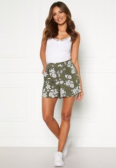 Happy Holly Thea shorts Khaki green / Patterned Bubbleroom.fi
