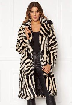 Ivyrevel Faux Fur Coat Black/White Zebra Bubbleroom.fi