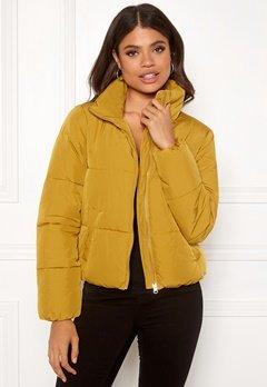 Jacqueline de Yong Erica Short Padded Jacket Harvest Gold Bubbleroom.fi