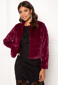 Jacqueline de Yong Evan Short Fake Fur Jacke Red Plum Bubbleroom.fi