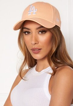 New Era League Essential 940 Peach Bubbleroom.fi