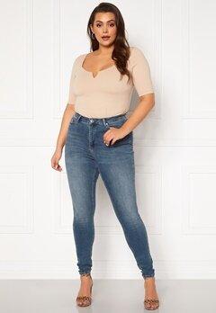 Vero Moda Curve Lora HW MB Wash Jeans Medium Blue Denim Bubbleroom.fi